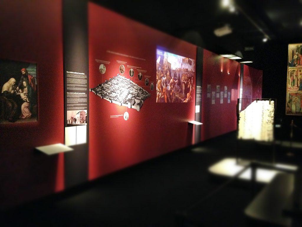 Sala 2 de la exposición de Cocentaina en el MARQ